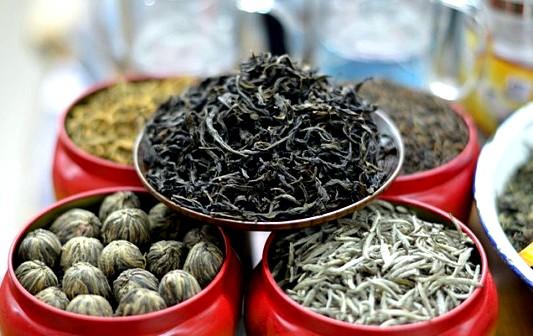 Виды чая - китайский чай, чай Пуэр. Чайная церемония.